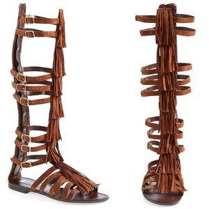 STEVE MADDEN Villano Fringe Gladiator Sandals